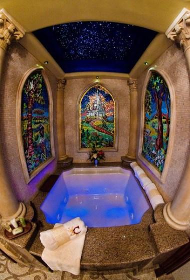 cinderella-castle-suite-bathroom-tub-4-L