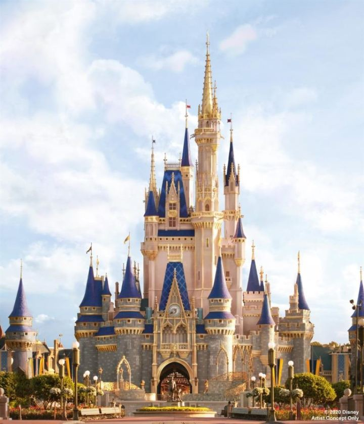 Cinderella's Castle is Glowin'Up!